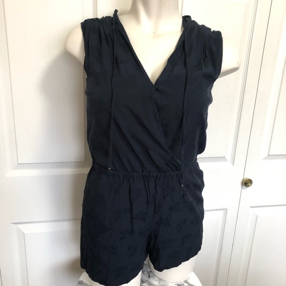 LOFT Pants - Loft floral textured navy blue romper sz.MP